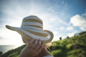 sun hat avoid heat-related illness